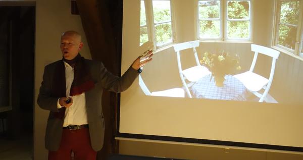 Henrik Valentin levandegör sin egen trädgård och utställningesträdgårdar